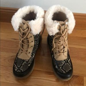 Shoes - Snow boots